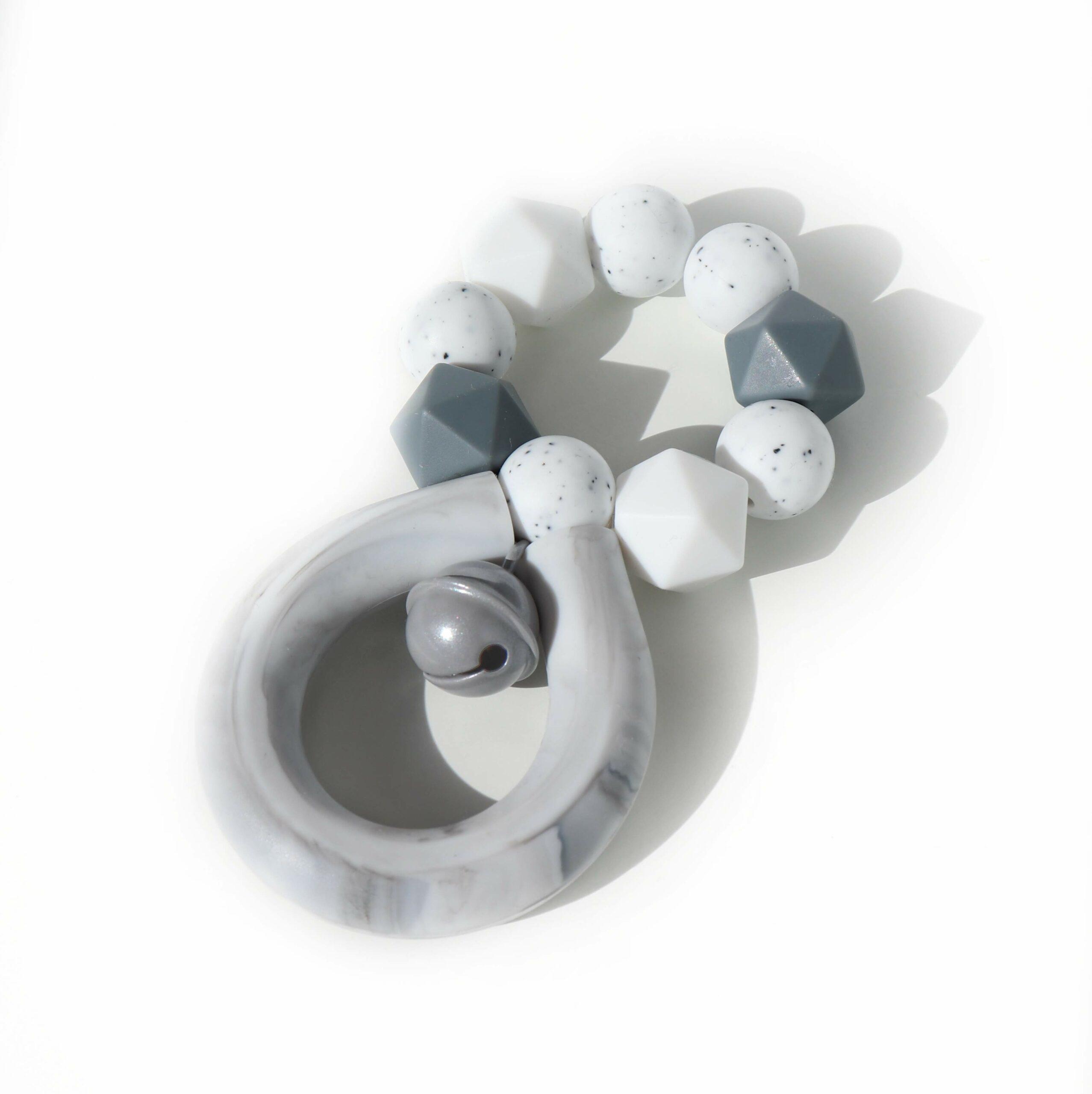 Silikonové kousátko chrastící 4EVER marble